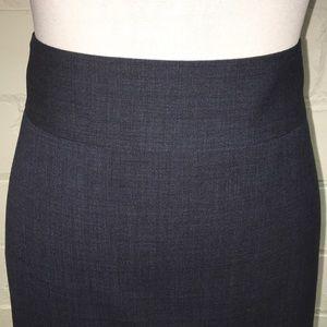 Banana Republic Skirts - Banana Republic Lightweight Wool Suit Pencil Skirt